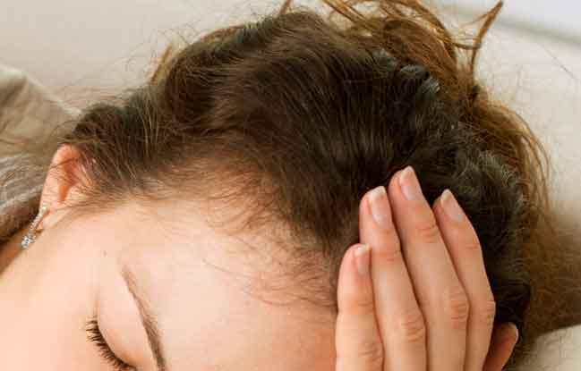 Haarausfall dauerhaft stoppen - Tipps gegen Haarausfall